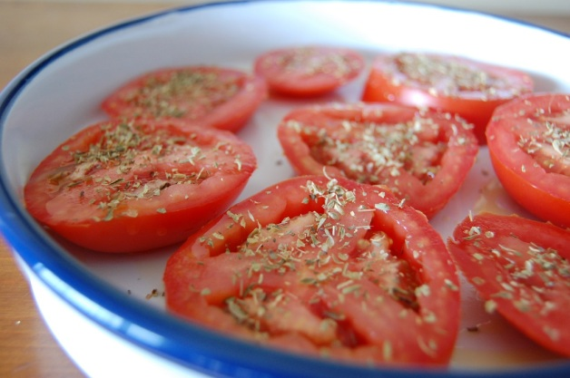 Feta and Kalamata Olive Baked Tomatoes Seasoned